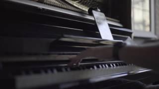 getlinkyoutube.com-Narcos Netflix solo piano Soundtrack