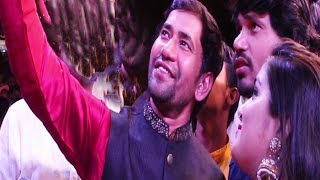 getlinkyoutube.com-Superstar Dineshlal Yadav (Nirahua) | Chhath Puja Celebrations 2015 | Juhu Beach