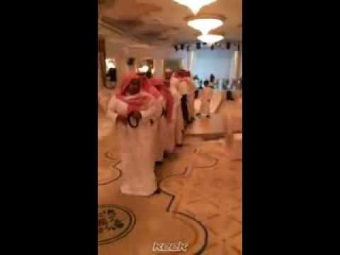 انهبل شعبنا رقص في عرس سعودي