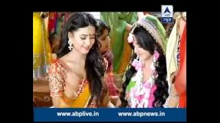 getlinkyoutube.com-Swaragini: Ragini dances in Swara's mehendi ceremony