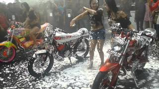 getlinkyoutube.com-Lady Bike Wash Rx-King 13th Aniversary CKC Cirebon