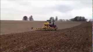 Claydon Spring Barley Drilling - Hampshire 2013 - Claydon Hybrid 6m with Double Tool Bar