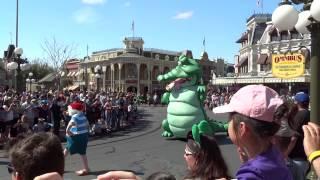 getlinkyoutube.com-Disney Festival of Fantasy Parade - OPENING DAY PERFORMANCE