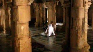 getlinkyoutube.com-Jinn Masjid at keelakarai, Tamil Nadu, South India