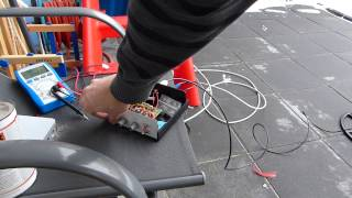 getlinkyoutube.com-Wildsau Pulse Induction Metal Detector with 14inch round coil