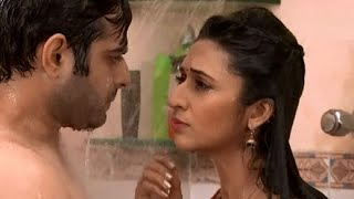 getlinkyoutube.com-Yeh Hai Mohabbatein 27th October 2014 - Raman And Ishita Bathroom Scene