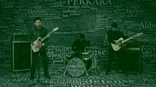 getlinkyoutube.com-Bondan Prakoso & Fade2Black - Manusia Sejuta Perkara (Official Video)