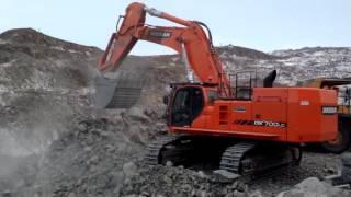 getlinkyoutube.com-Doosan DX700 LCA Tracked Excavator