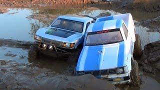 getlinkyoutube.com-Сравнительный тест-драйв Axial SCX10 Trail Honcho и RC4WD Trail Stomper. Кто кого?
