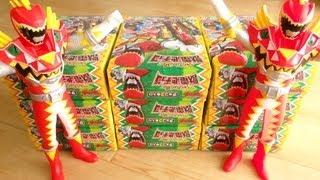 getlinkyoutube.com-【JDC最終回直前!】獣電池チョコ 9個一気に開封レビュー!いよいよクライマックス!キョウリュウジャー ブレイブインチケット ブレイブインボックス