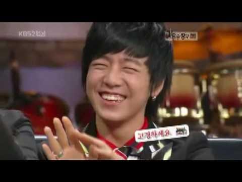 Lee Hyun Woo Winks! ;)