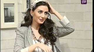 getlinkyoutube.com-اخصائية الحرف اليدوية فاي سابا تصنع طوق شعر | Roya