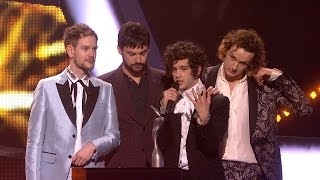 The 1975 win British Group   The BRITs 2017