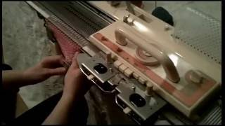getlinkyoutube.com-Brother KH-860 Knitting Machine Demo