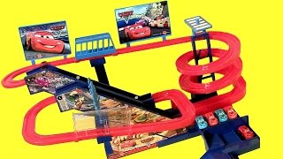 getlinkyoutube.com-Disney Pixar Cars Super Racing Musical Ultimate Race Track Childrens Toy Dinoco Lightning McQueen