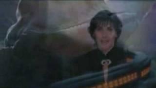 getlinkyoutube.com-Enya - Trains And Winter Rains/Polar Express OST video