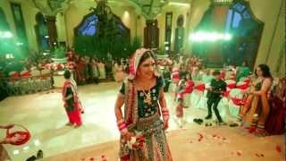 getlinkyoutube.com-Cinematic Indian Wedding Highlights // Rishi Weds Sameet