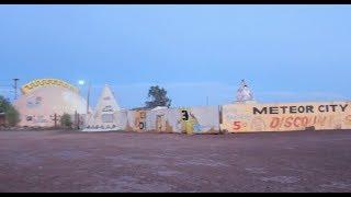 getlinkyoutube.com-Meteor City - ABANDONED - In The Desert Darkness