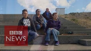 getlinkyoutube.com-Oregon shooting: Roseburg residents warn 'don't take our guns' - BBC News