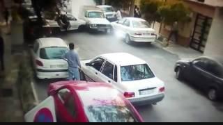 getlinkyoutube.com-Crazy truck driver loses his mind
