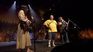 getlinkyoutube.com-Tenacious D - Beelzeboss live (HD)