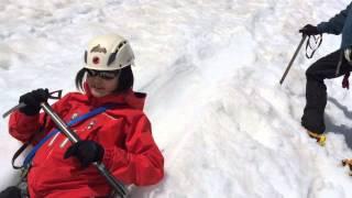 getlinkyoutube.com-How to ice-axe self arrest ピッケルの使い方 滑落停止 訓練!BC穂高