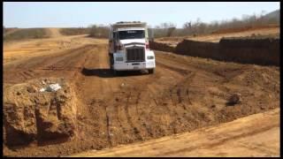 getlinkyoutube.com-Joven escuinapense muere aplastado por un camión de volteo