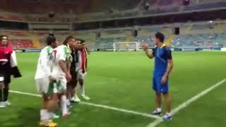 getlinkyoutube.com-احتفال لاعبين منتخب شباب العراق بفوزهم ضد كوريا الجنوبية