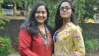 getlinkyoutube.com-Following Karthika and Thulasi Radha introduces her son Vignesh   New Tamil Movie   Hot News
