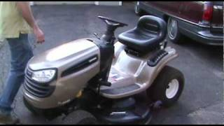 getlinkyoutube.com-First look at our new, broken 2007 Craftsman DLS3500 lawn tractor
