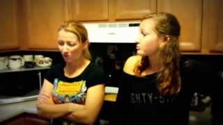 getlinkyoutube.com-Mother/Daughter Eat World's Hottest Pepper - Trinidad Moruga Scorpion