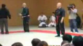 Мастер бесконтактного боя против бойца MMA