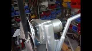 getlinkyoutube.com-Vetrenjača od DC motora II