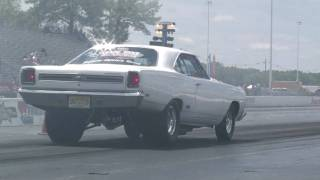getlinkyoutube.com-1969 GTX runs 9.43 @ 145mph