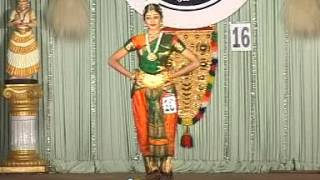 getlinkyoutube.com-Aishwarya in school kalothsavam 52 at trisur Barathanattyam-(Classical Dance)
