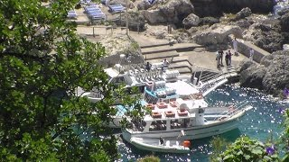 Capri assediata dai battellieri della Costiera. Nuova protesta e blocco a Marina Piccola