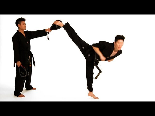 How to Do a Spinning Hook Kick | Taekwondo Training