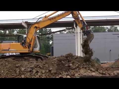 Excavator ☆ Bagger ☆ รถขุด ☆ Koparka Liebherr Litronic 924 - Bud. dworca Łódź Widzew