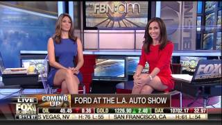 getlinkyoutube.com-Nicole Petallides & Lauren Simonetti short skirts  11/16/16