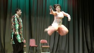 getlinkyoutube.com-Nida Choudhry's Dance in Jamshed Riaz's HELLO DARLING Comedy Show
