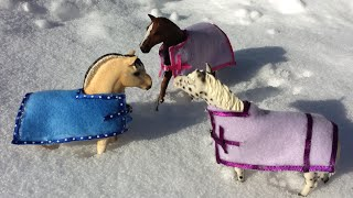 getlinkyoutube.com-How to make a Schleich Horse Blanket