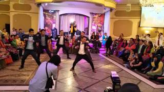 Surprise groomsmen dance at Nepali wedding
