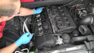 getlinkyoutube.com-Part 1- Replacing a BMW 6-cylinder valve cover gasket