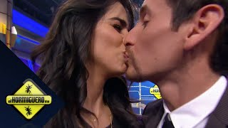 getlinkyoutube.com-¡Mark besa a Bárbara!