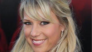 getlinkyoutube.com-Jodie Sweetin Reveals What Adult Stephanie is Like on 'Fuller House'