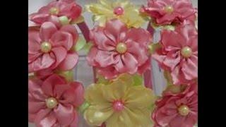 getlinkyoutube.com-Mini Flor boleada e beliscada de fita de cetim