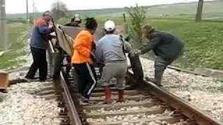 getlinkyoutube.com-Цигани спират влак близо до гр. Меричлери