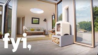 getlinkyoutube.com-Tiny House World: A Creative Shepherd's Hut   FYI