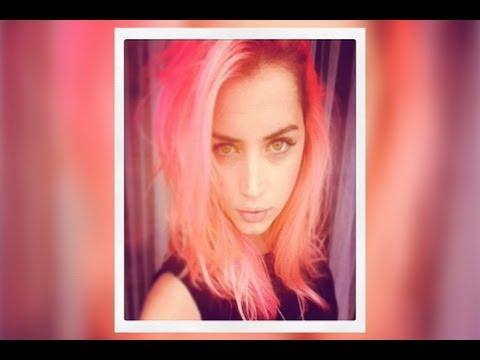 Ana de Armas se tiñe el pelo de rosa