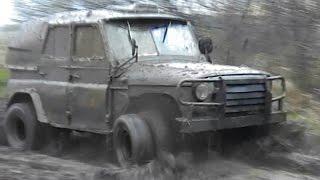 getlinkyoutube.com-Покатушки на УАЗе с двойными колесами [8x8]
